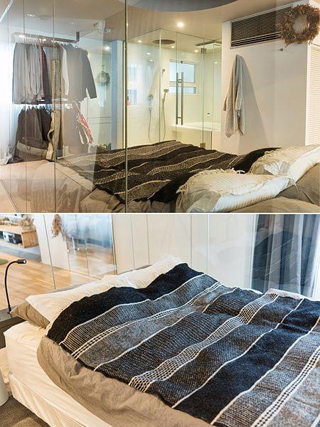 ガラス壁で囲われた寝室&バスルーム