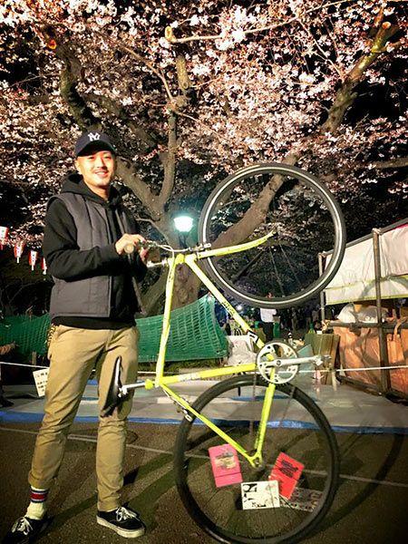 『ディッキーズ』のチノパンは自転車コーデの良き相棒