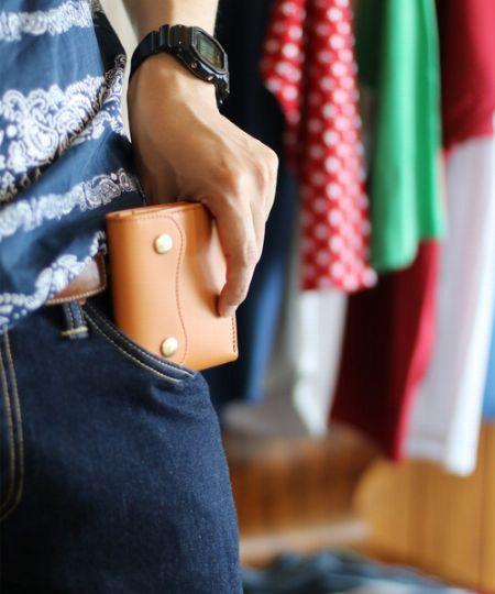 新調するなら、今の気分はコンパクトなミニ財布