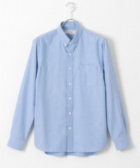 C:爽やかな品格が演出できる「春色のシャツ」
