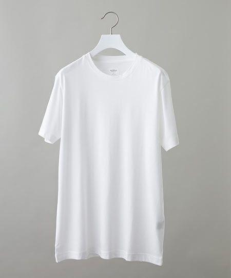E:人気が再燃した永遠の定番「ホワイトのクルーネックTシャツ」