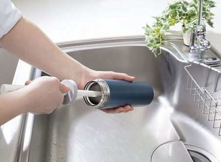 セットで揃えたい。ステンレスボトルの洗浄には、ボトルブラシを 2枚目の画像