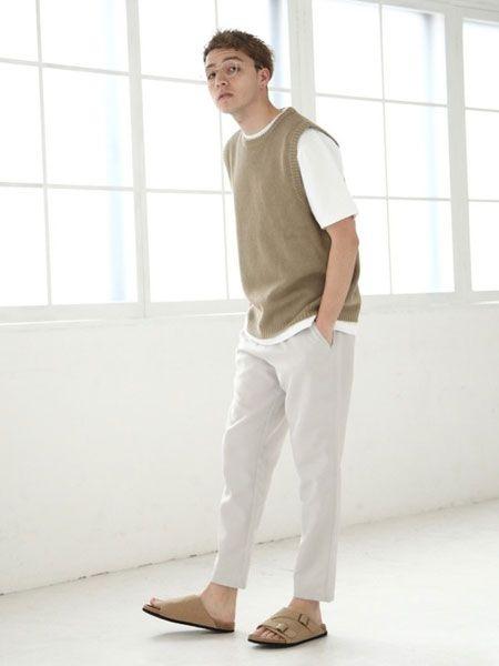 サマーニットベストはTシャツとの重ね着がベスト
