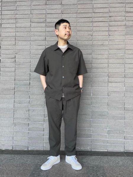 半袖シャツ×ロングパンツ