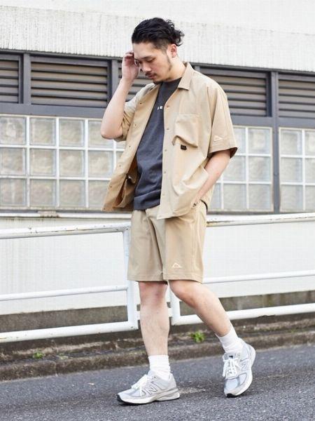 夏でもセットアップの万能さに頼りたい。それならしっかり夏仕様の1着を