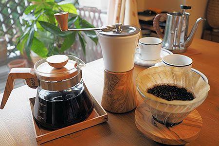 """コーヒー豆を自宅で""""ひく""""のはなぜ? インスタントとの違いとは?"""