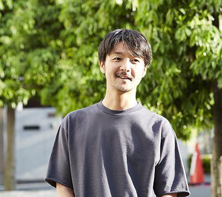 """ヘアメイクアーティスト菊地倫徳さん流""""大人カジュアル""""とは"""