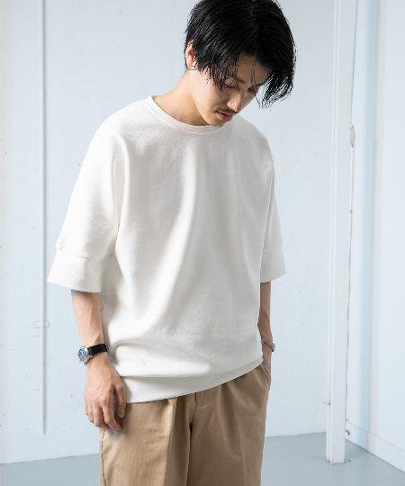 定番の白Tシャツ。肉厚&ビッグシルエットを選ぶが正解 2枚目の画像