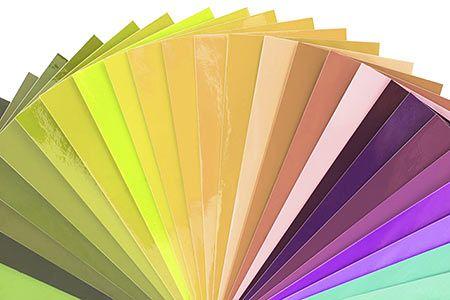 """自分に似合う色=""""パーソナルカラー""""を知ることが、好感度アップの秘訣"""