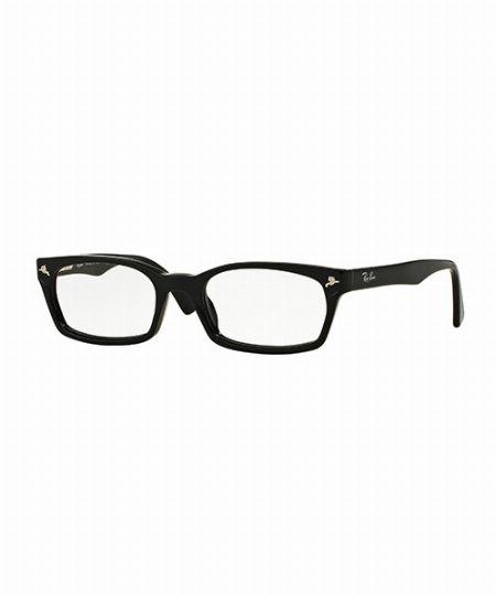 黒縁メガネの代表モデル。クラシカルな「RX5017」