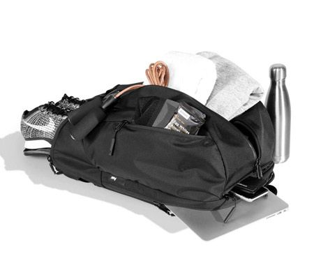 通勤とジム通いを1つのバッグで可能にしたモデル