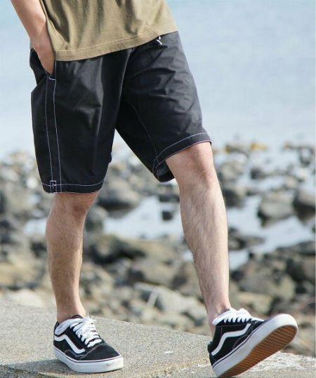 今年もおしゃれな水着が豊作。落ち着きのある大人向きデザインをピックアップ