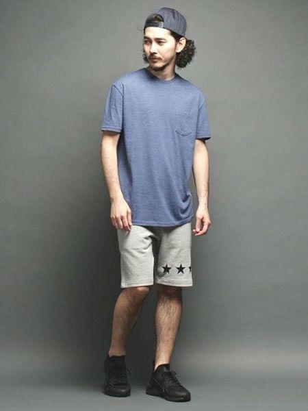 パンツはゆるすぎないほうが大人っぽい!