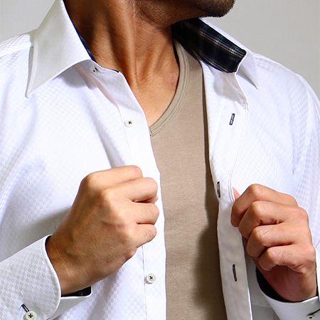 スーツの下に着るインナーの役割とは? 2枚目の画像