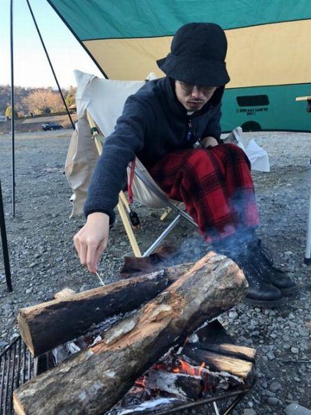 焚き火をするならコットン素材がベター