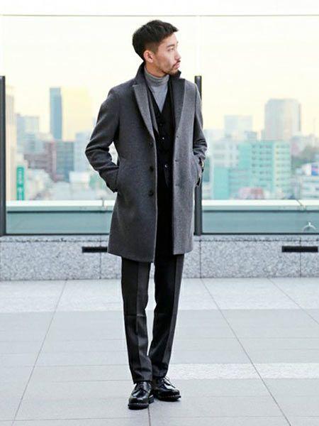 スーツの誠実さを生かしつつ程良くカジュアルダウン