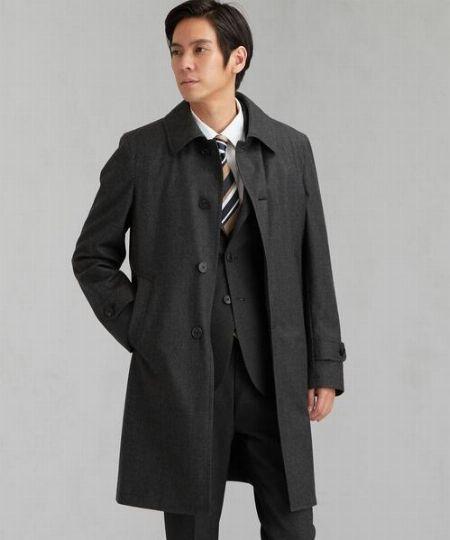 グレーのコートが1着あると万能なワケ