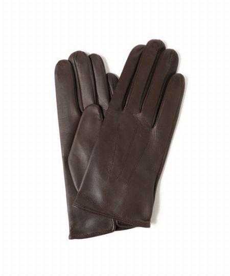 ▼カジュアルスタイルに合わせる手袋は、デザイン&機能を重視!