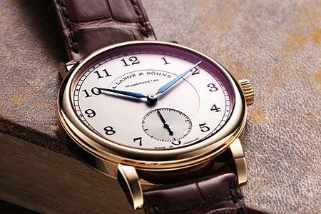 """時を知る""""道具""""である腕時計には、お国柄が出やすいもの"""
