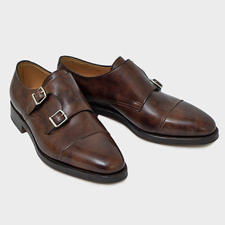英国靴らしからぬ、ファッションコンシャスなデザイン