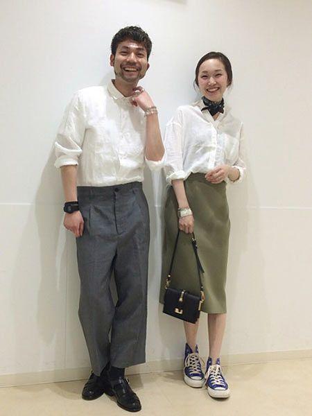 真っ白なリネンシャツで品良く季節感を統一!