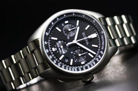 """月に行った腕時計""""ムーンウォッチ"""""""