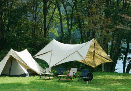 強度や持ち運びに優れる「非自立式」はキャンプでの定番