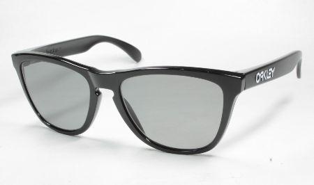 視力に合わせた度付きレンズを装着できる「RXプログラム」