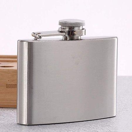 金属製が主流。特性に応じて、その素材を選ぶべし