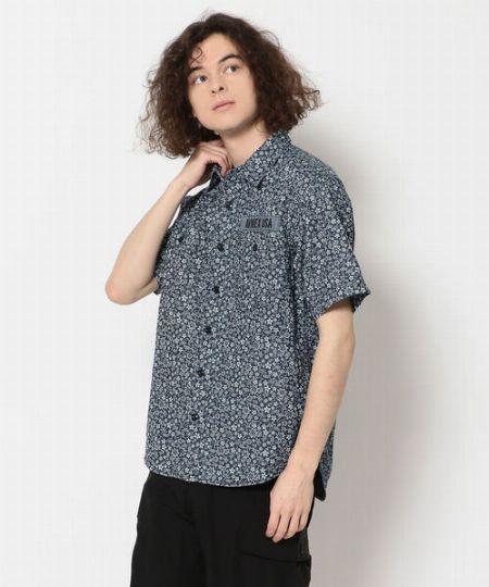 『アヴィレックス』フラワープリント 半袖 シャツ