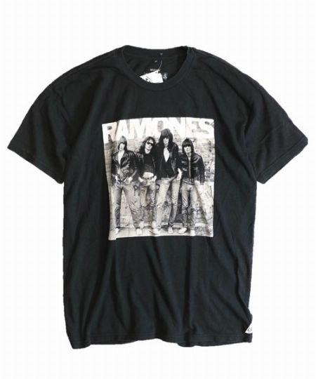 『スリフティールック』ラモーンズTシャツ