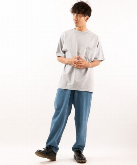 クラシックネック ポケットTシャツ