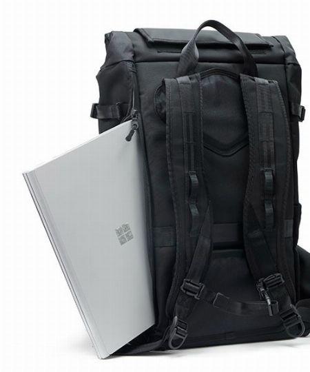 ラップトップスリーブがあれば仕事バッグとしても活用可