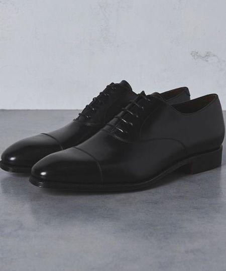 スペイン生まれの高級靴『カルミナ』とは?