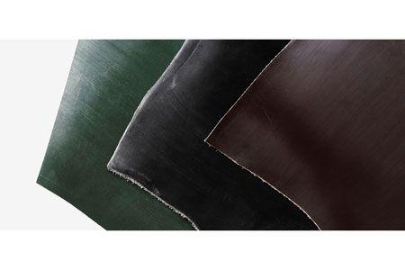 革のなかで最高峰の強度と耐久性を誇るブライドルレザー