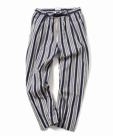 アイキャッチとして活躍する総柄パジャマパンツ