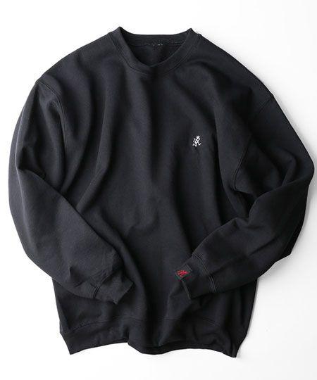 楽ちんかつ大人顔な黒のスウェットシャツ