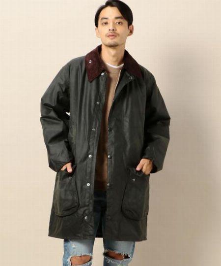 『バブアー』のロング丈代表は、Aラインのコート型「ボーダー」