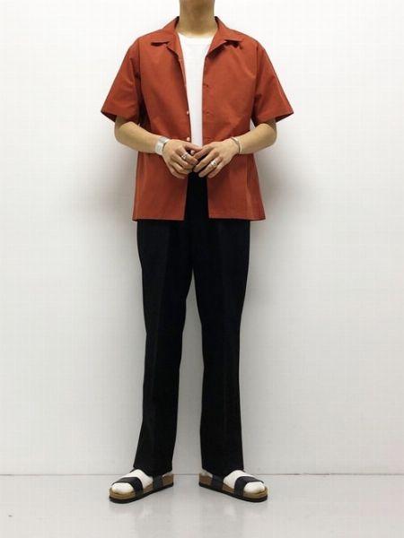 シャツを使ったサンダルスタイルは自然と品格がアップ