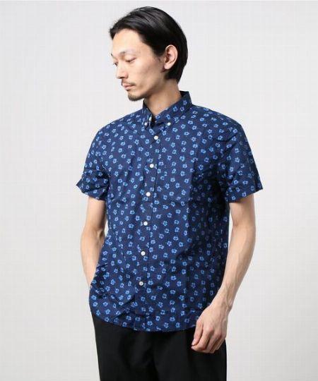スリムフィットオーガニックコットンシャツ