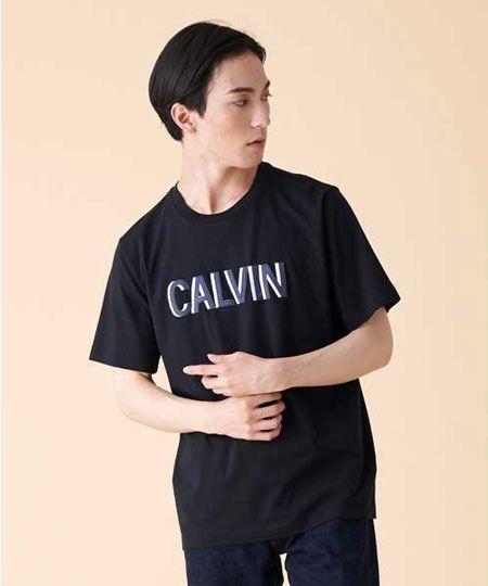 『カルバン・クライン ジーンズ』CK 刺繍チェストロゴTシャツ