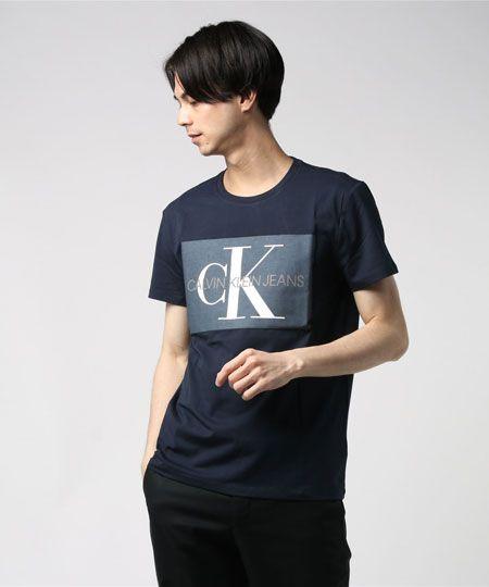 『カルバン・クライン ジーンズ』CK ロゴプリントTシャツ