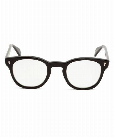 ▼メガネ×コーデ2:ウェリントン型メガネを大人っぽいきれいめコーデのハズしに