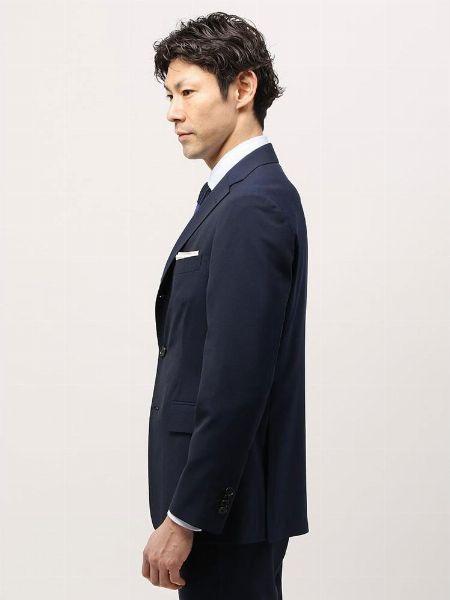 スーツはサイズ感が命。自分の体に合ったものを選ぶ 2枚目の画像