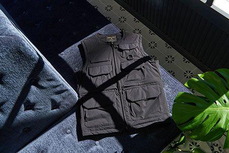 寒さも雨も、風もしのげる『ナノ・ユニバース』の屈強ダウン 3枚目の画像