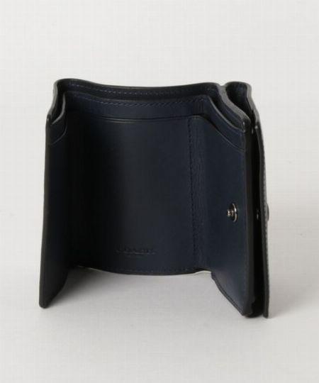 デザインの種類も豊富で自分に合った財布に出会える