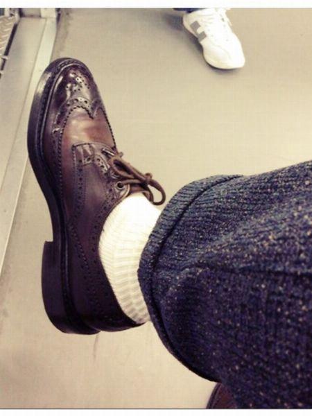 外羽根の短靴化で履きやすさ向上