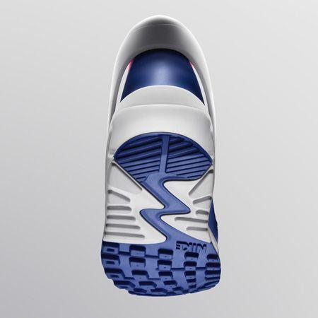 ド定番スニーカーの30周年記念モデルが登場。しかも、2モデルも 11枚目の画像
