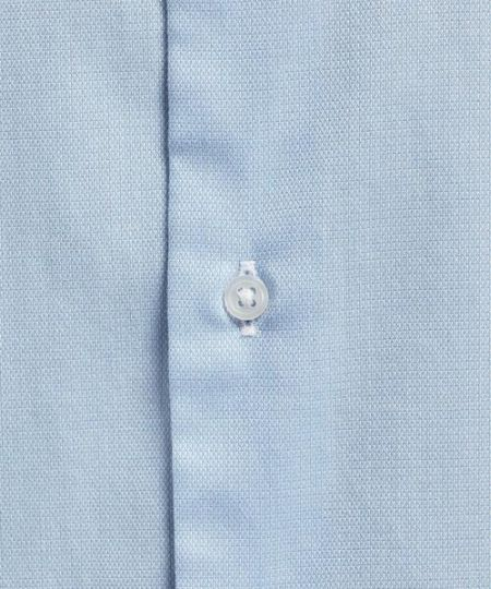 スーツに合うシャツ生地の基本は、この4つ 4枚目の画像