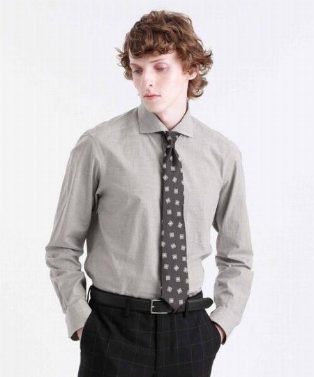 ホリゾンタルカラーシャツに合うネクタイの結び方を知っておく